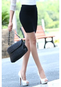 New Female Fashion Thick Fold Tight-fitting Skirt Black