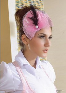 Pearls and Fearthers Decoration Pink Mini Top Hat